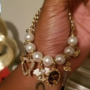 Cheetah and gold pearl bracelet